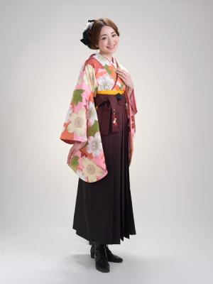 KIMONO ¥30,000(税抜) HAKAMA ¥20,000(税抜)Uco Oshima TOTAL ¥50,000(税抜)