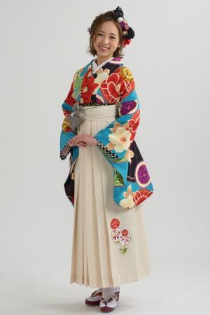 KIMONO ¥30,000(税抜)JAPAN STYLE HAKAMA ¥20,000(税抜)JAPAN STYLE TOTAL ¥50,000(税抜)