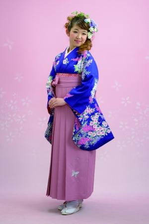 KIMONO ¥30,000(税抜)美月 HAKAMA ¥16,000(税抜)益若つばさ TOTAL ¥46,000(税抜)